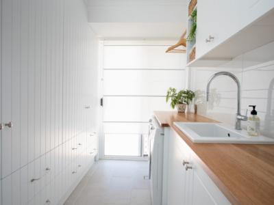 designer-laundry-north-brisbane-white-timber